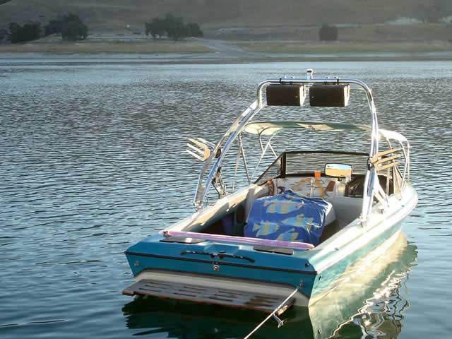 1991 Malibu Euro F3 boat wakeboard tower