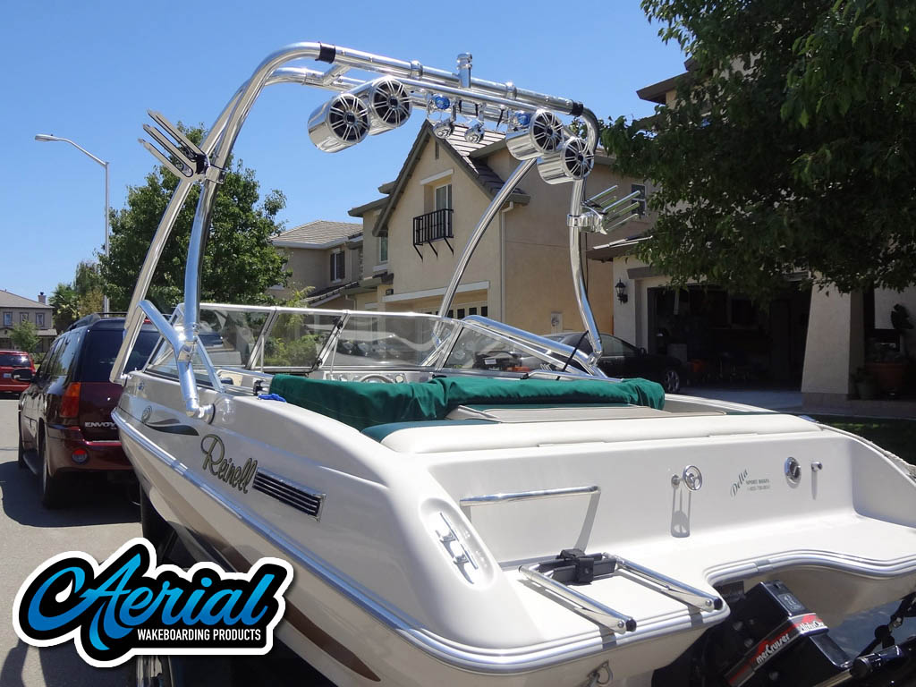 1997 Reinell boat wakeboard tower