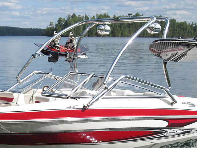 2010 Glastron GT185 boat wakeboard tower