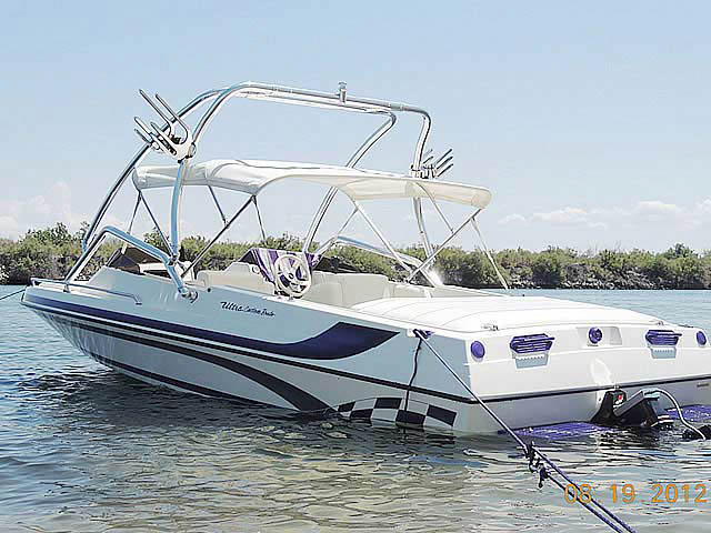 2001 Ultra Custom 21' boat wakeboard tower