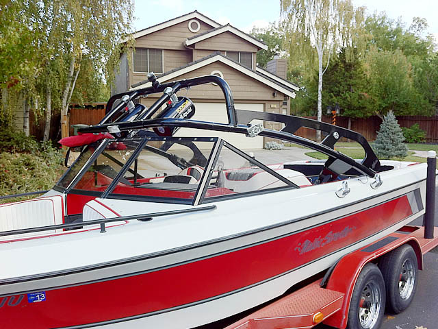 1989 Malibu Sunsetter boat wakeboard tower