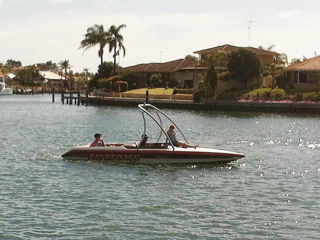 1998 Ski Craft 2000 boat wakeboard tower