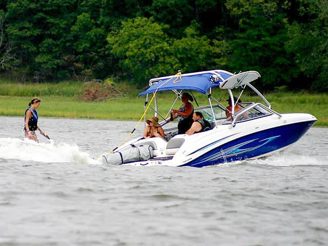2008 Yamaha SX210 boat wakeboard tower