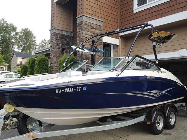 2012 Yamaha SX210 boat wakeboard tower