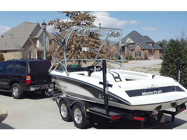 1989 Mastercraft TriStar 190 boat wakeboard tower