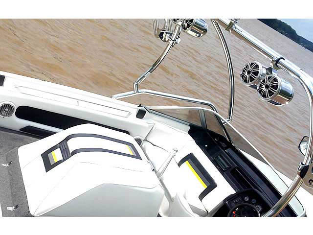1989 Mastercraft TriStar 190 tower