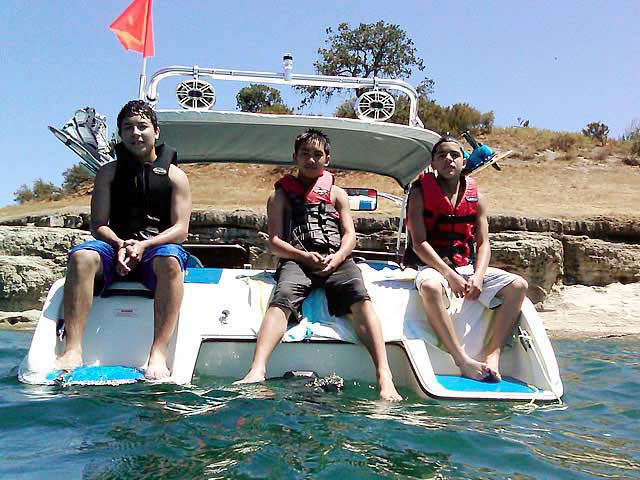 1993 Seaswirl Spyder 188 boat wakeboard tower