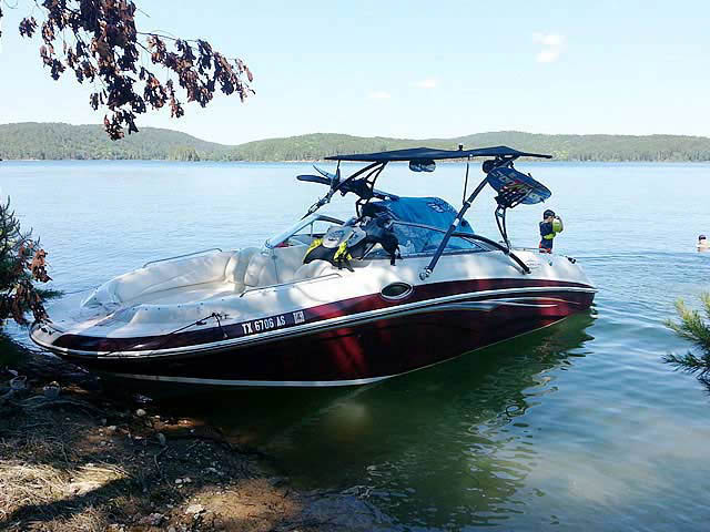2007 Tahoe 265 boat wakeboard tower