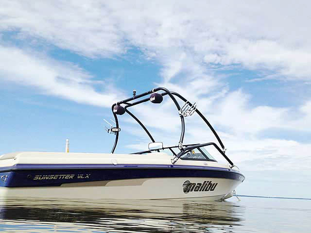 2001 Malibu Sunsetter VLX  boat wakeboard towers
