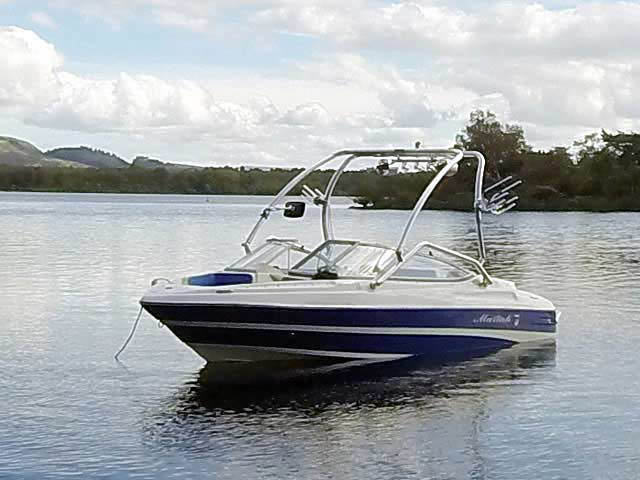 2008 Mariah FS18 boat wakeboard tower