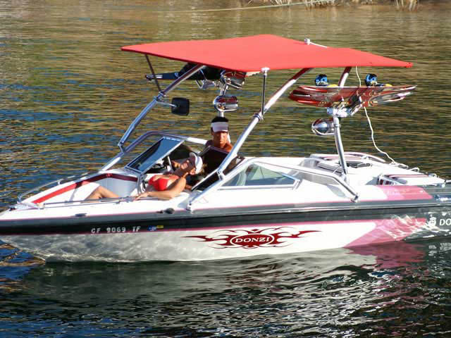 Donzi boat wakeboard tower