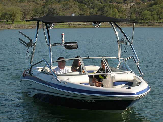 2008 Tahoe boat wakeboard tower