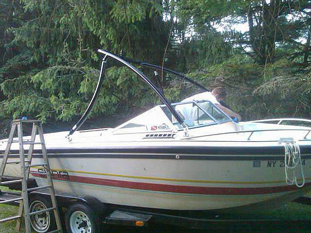 1988 Supra Sun Sport boat wakeboard towers