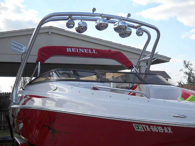 2009 Reinell 220 LS boat wakeboard towers installed on 05/28/2010