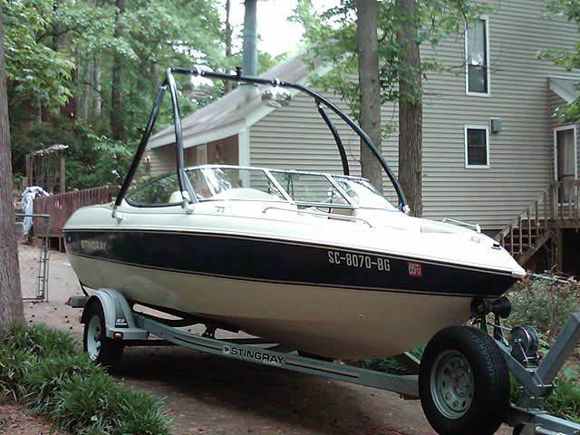 2001 Stingray 190RS boat wakeboard tower