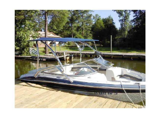 2005 Four Winns Horizon 200 boat wakeboard towers