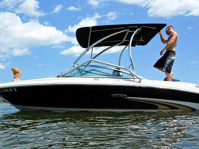 2002 SeaRay 190 Signature boat wakeboard tower