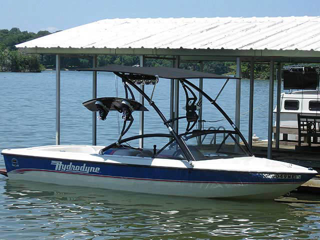 1993 Hydrodyne Comp boat wakeboard tower