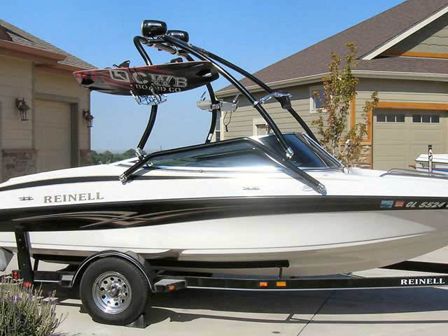 2005 Reinell 191 wakeboard tower on 07/30/2010