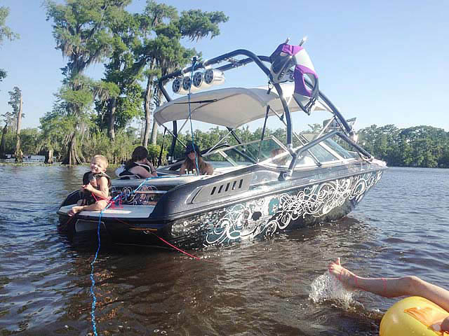 1994 Chaparral SL 180 Limited  boat wakeboard towers