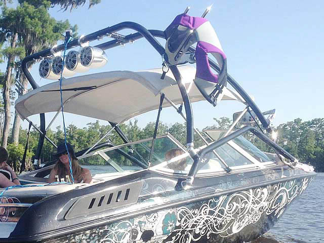 1994 Chaparral SL 180 Limited  boat wakeboard tower