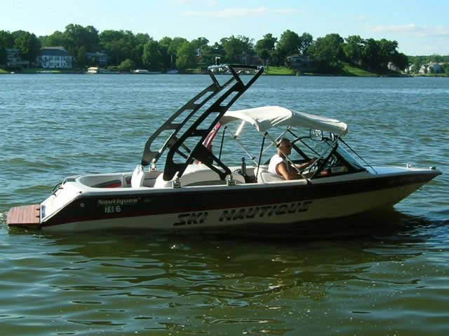 FreeRide Tower ski tower Installed on 1995 Ski Nautique Boat