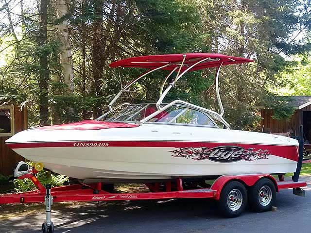 2007 Tige 20i boat wakeboard tower