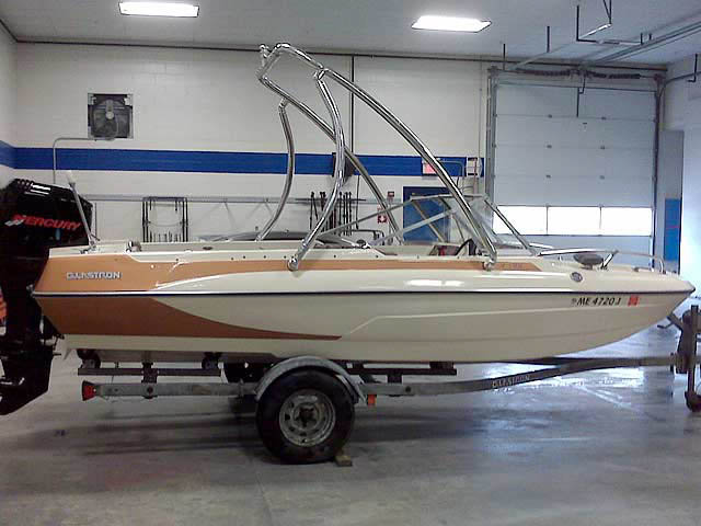 1973 Glastron V178 boat wakeboard tower