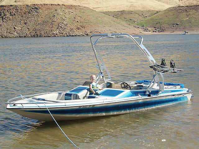 1987 ELIMINATOR boat wakeboard towers