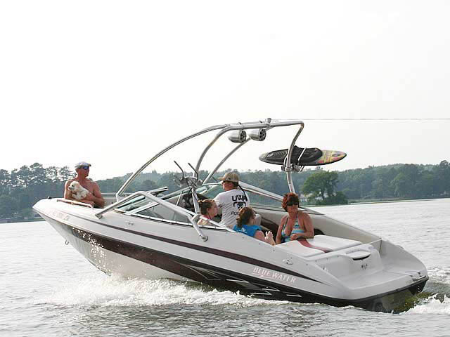 2006, Blue Water 2150 boat wakeboard towers