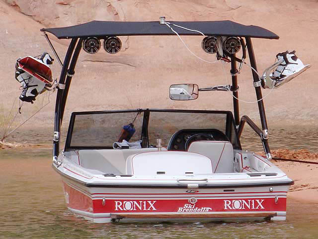 1992 Brendella Pro Comp boat wakeboard tower