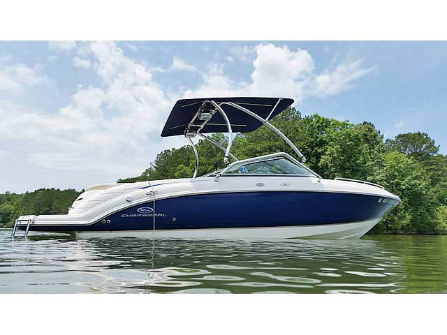 2005 Chaparral 236 SSI boat wakeboard tower