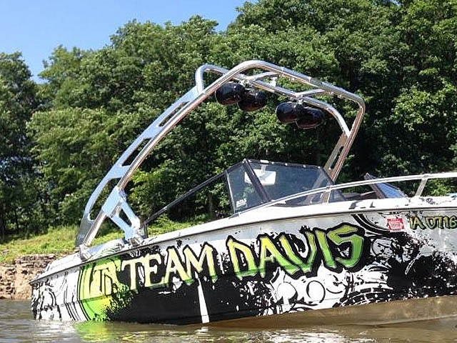 1989 boat wakeboard tower