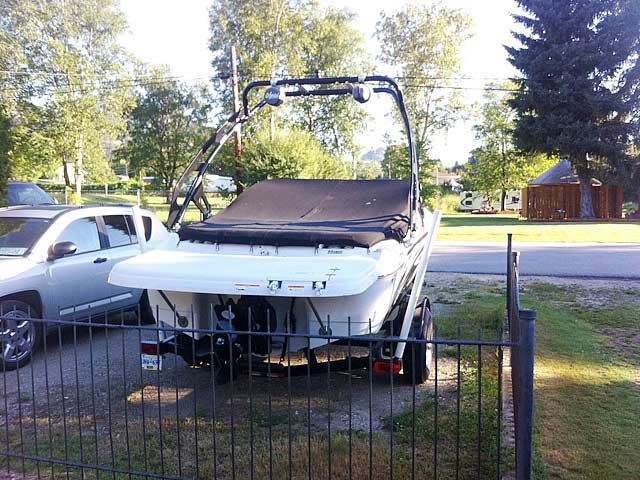 2010 Four Winns H180ss boat wakeboard tower