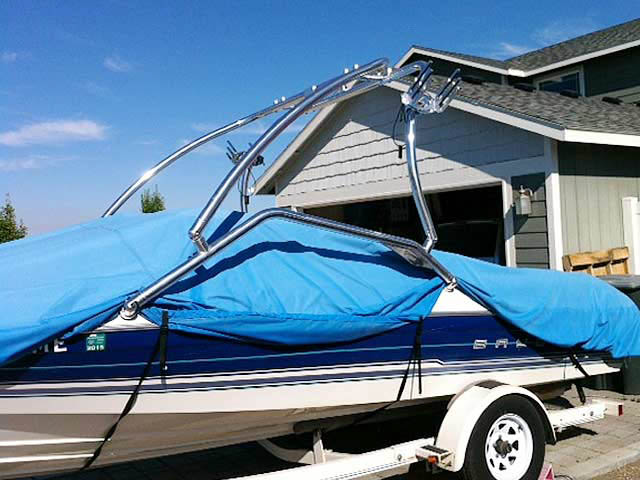 1994 Bayliner Capri 2050 boat wakeboard towers