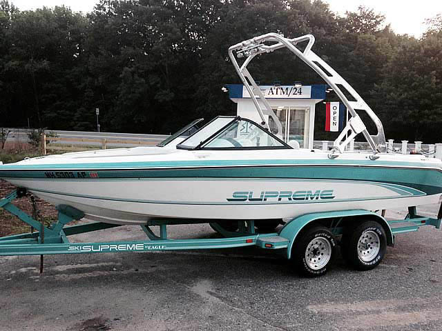 1991 Ski Supreme boat wakeboard towers installed on 07/11/2014