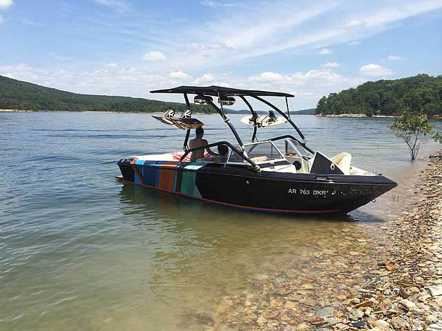 1983 Supra Rider boat wakeboard tower