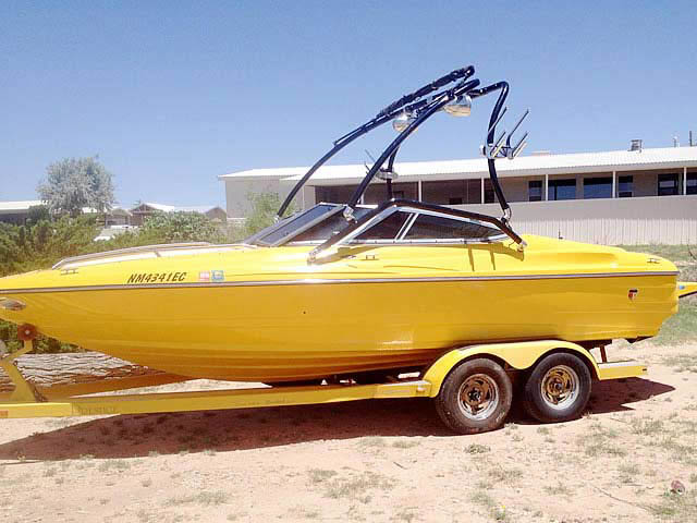 2001 Mariah Z212  boat wakeboard tower