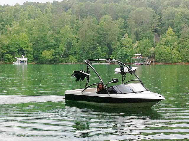Assault Tower ski tower Installed on 1991 MasterCraft ProStar 190 Boat